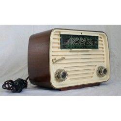 ANTIGUA RADIO LUXORITA FUNCIONANDO