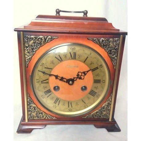 Antiguo reloj de sobremesa o chimenea con carga manual