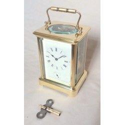Antiguo reloj de Carruaje o de viaje desertador