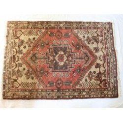 Antigua Alfombra persa de lana,origen Iran.