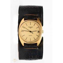 Antiguo reloj de pulsera Longines en perfecto estado de funcionamiento de los años 1970.