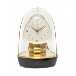 Reloj de sobremesa de diseño clásico vintage de origen alemán de la casa kundo y funcionando.
