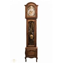 Antiguo reloj de pie, de los cuartos, en excelente estado de funcionamiento, con sonería Winsminster.