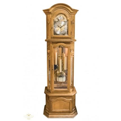 Gran reloj de pie, de los cuartos, en excelente estado de funcionamiento, con sonería Winsminster.