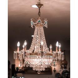 Antigua lámpara araña, en cristal y bronce, excelente estado.