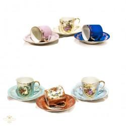 Juego de tazas antiguas en porcelana pintados a mano