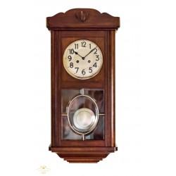 Antiguo reloj de pared de la marca Junghans, origen aleman, y funcionando.