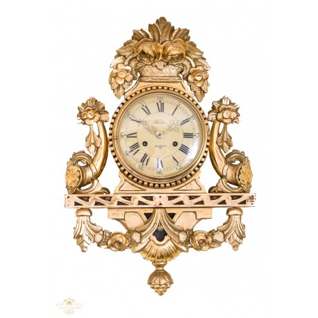 Antiguo reloj sueco rococo ,de madera y pan de oro