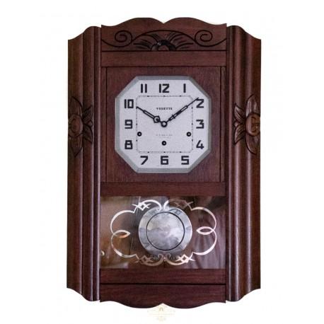 Antiguo reloj de los cuartos, de origen francés,funcionando con soneria Ave María