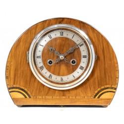 Antiguo reloj de sobremesa Art Deco, de origen inglés, toca las horas y medias.
