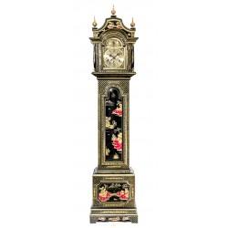 Gran reloj de pie, de los cuartos, en excelente estado de funcionamiento, con sonería Winsminster y Ave María