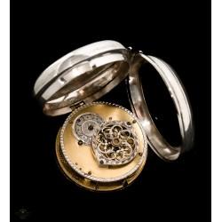 Impresionante reloj Catalino de cuerda manual de origen ingles de los años 1840.
