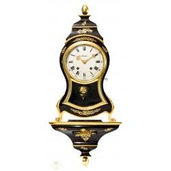 Antiguo reloj de pared con consola de origen suizo Zenith, y funcionando.