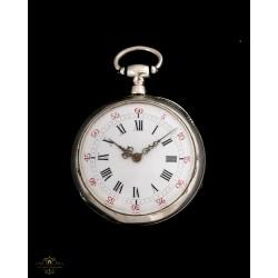 Antiguo reloj de bolsillo funcionando