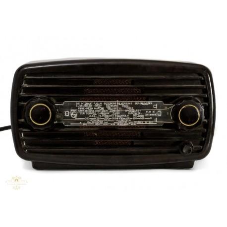 Antigua radio de la marca Philips