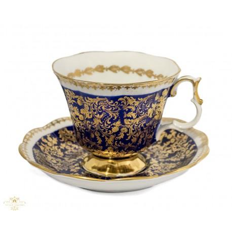 Espectacular taza con su plato de porcelana original inglés