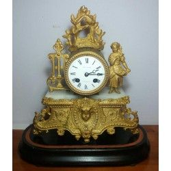 Elegante reloj francés de chimenea o sobremesa, en excelente estado de conservación