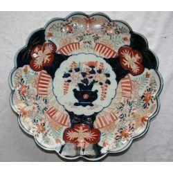 ANTIGUO PLATO DE IMARI,PORCELANA JAPONESA DE FINALES DEL SIGLO XIX.