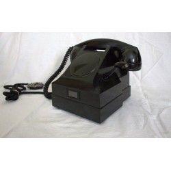 Antiguo teléfono de baquelita en excelente estado de suecia