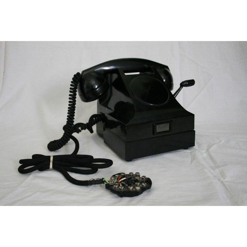 Antiguo telefono de baquelita en excelente estado de suecia for Antiguedades de oficina