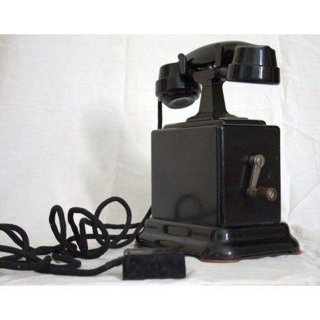 Antiguo teléfono de baquelita,de la marca ERICSON, en excelente estado de suecia